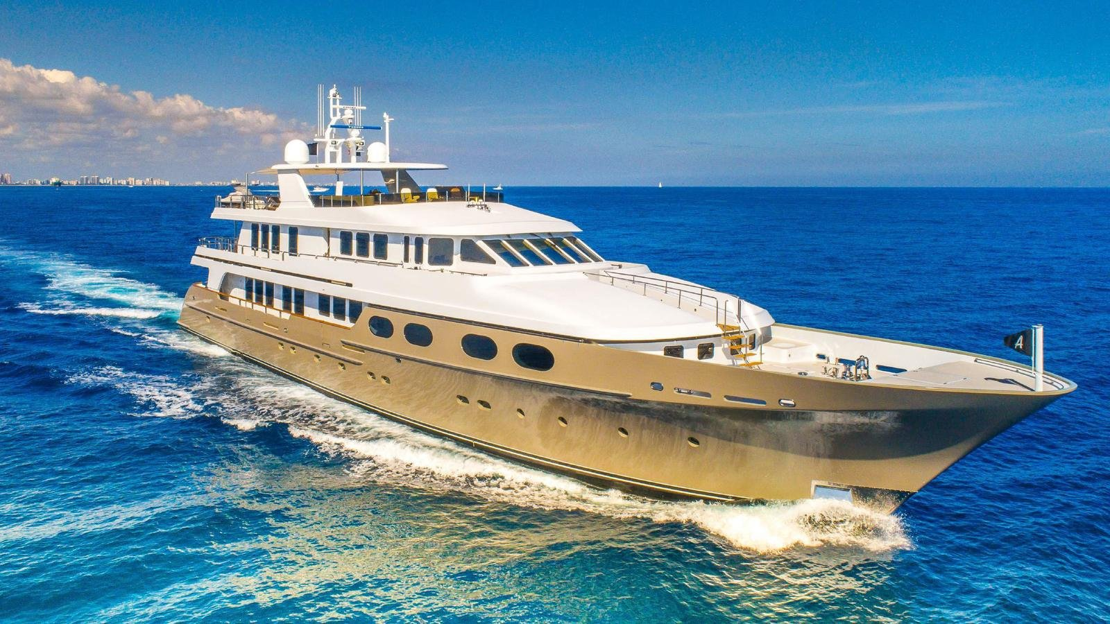 loon yacht for charter