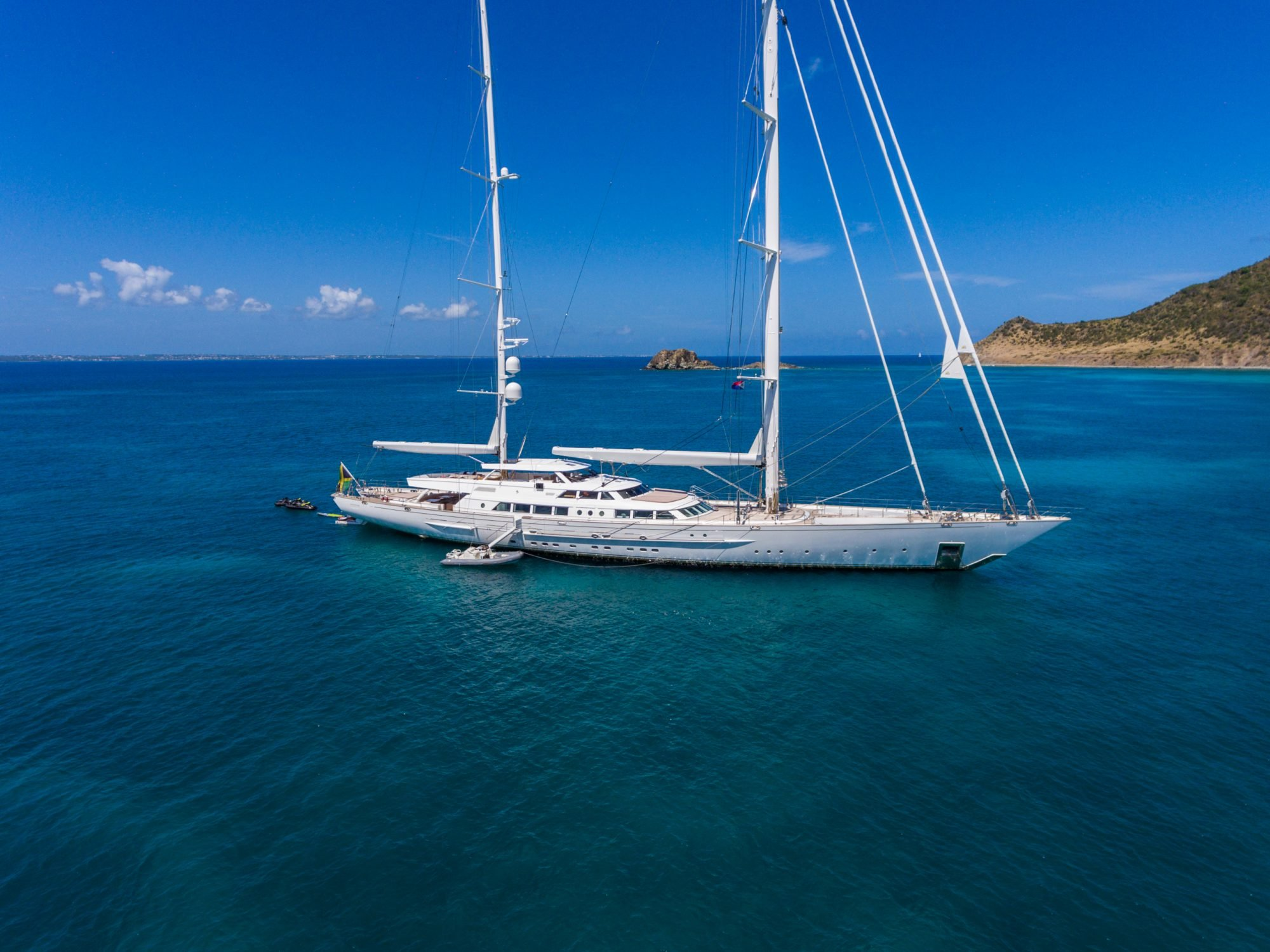 yacht for charter spirit of the c's