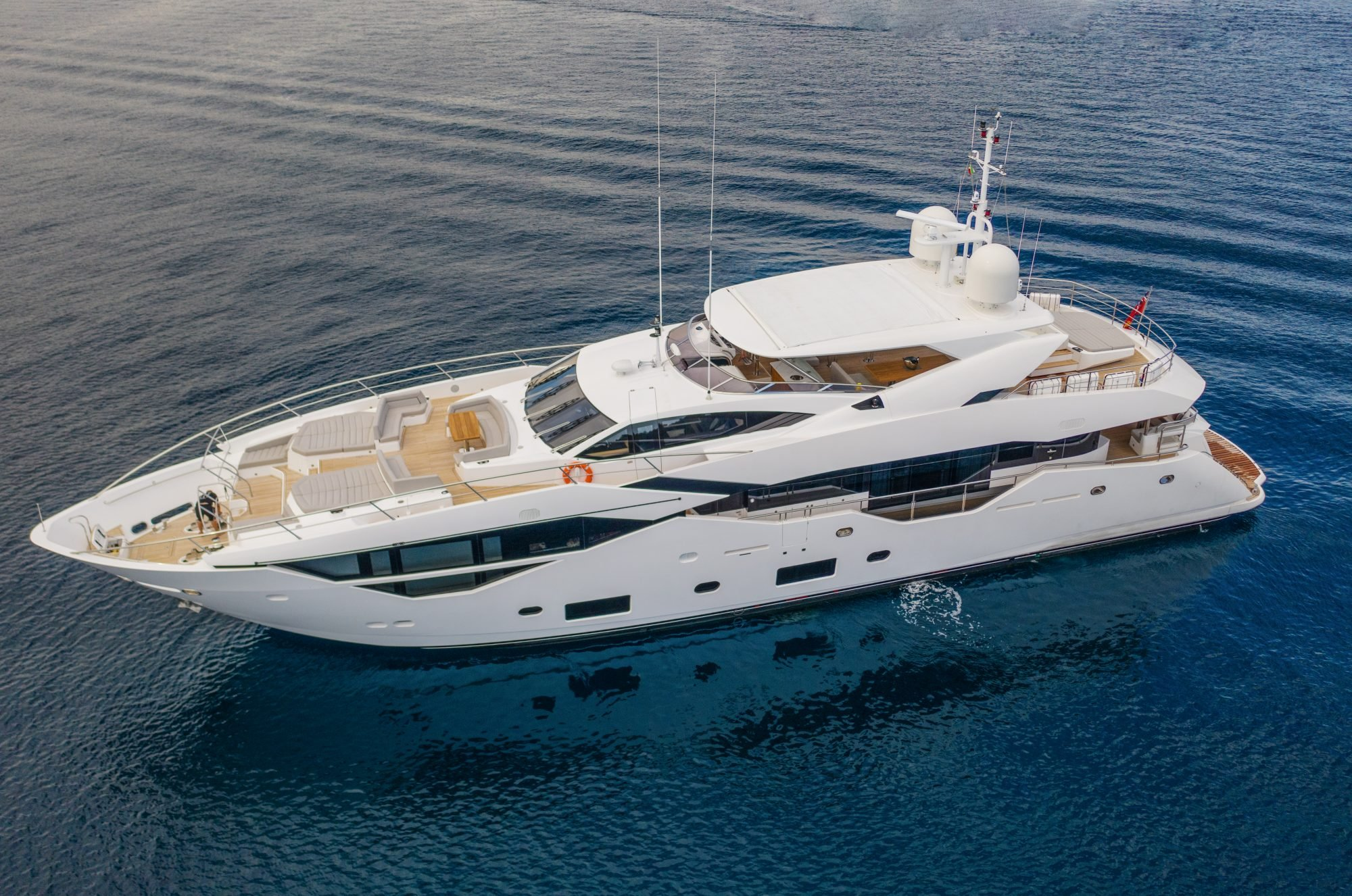 Motor Yacht FRATELLI for Charter with SuperYachtsMonaco